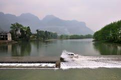 Floden av det Fanjing berget Arkivbilder