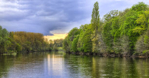 Floden Cher Arkivfoto
