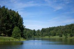 Floden landskap Royaltyfria Bilder
