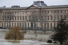 Floder i staden av Paris arkivfoton