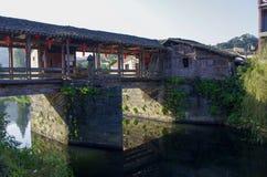 Floder och broar fotografering för bildbyråer