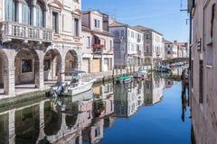 Floder och brostad av Chioggia, Italien, august 2016 Royaltyfria Foton