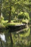 Flodfartyg på Spreewald Arkivbild