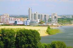 Flodkust och stad kazan russia Arkivbild