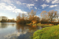 flodlandskap Fotografering för Bildbyråer