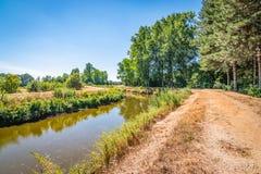 Flodlandskap i Belgien royaltyfri fotografi