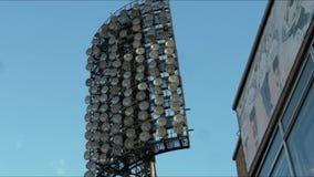 Flodljus på en sportstadion arkivfilmer