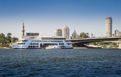 FlodNilen på Kairo, Egypten Royaltyfria Bilder