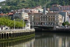 Flodplats i Bilbao Spanien Royaltyfria Bilder