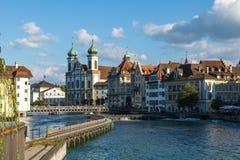 Flodsikt i Lucerne Arkivbilder