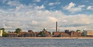 Flodstrand på St Petersburg Fotografering för Bildbyråer