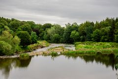 Floduniversitetsläraresikten på Seaton parkerar i Aberdeen, Skottland Royaltyfri Bild