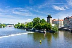 FlodVltava Prague Tjeckien Royaltyfria Bilder