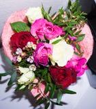 Floers et coeur avec le jour de valentins de félicitation de carte postale d'amour Photographie stock libre de droits