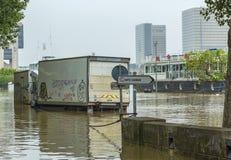 Flooding Сены реки в Париже Стоковые Изображения RF