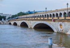 Flooding Сены реки в Париже Стоковое Изображение RF