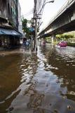 Flooding i Bangkok. Arkivfoton