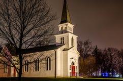 Floodlit kyrka fotografering för bildbyråer