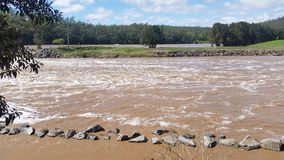 Floodwaters Oxenford, Queensland, Australië Royalty-vrije Stock Afbeelding