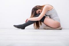 floor sexy sitting woman Στοκ Φωτογραφίες