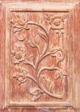 Flor cinzelada na madeira Foto de Stock