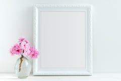 A flor cor-de-rosa denominou a fotografia conservada em estoque Imagens de Stock Royalty Free