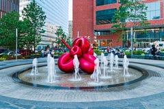 Flor de balão vermelha por Jeff Koons, New York Imagens de Stock