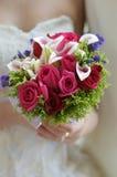 Flor de la mano de la novia Fotografía de archivo