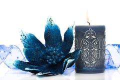 Flor de la Navidad del wth del rectángulo de regalo Imágenes de archivo libres de regalías