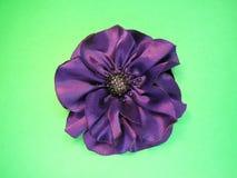 Flor de satén violeta Fotos de archivo libres de regalías