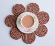 Flor del té y de las galletas Fotografía de archivo