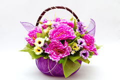 Flor en cesta Fotos de archivo