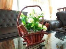 Flor-florero del salón de Beaitiful de fotos caseras modernas pankan del sri imagen de archivo