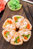 Flor hecha del rollo de sushi Imagen de archivo