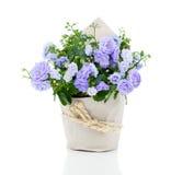 Flor para o presente no empacotamento de papel Imagem de Stock