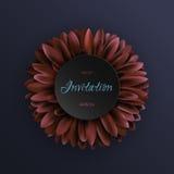 Flor rojo oscuro del gerbera en plantilla azul marino de la invitación del fondo Fotos de archivo