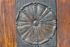 Flor tallada del alivio del hierro Fotos de archivo libres de regalías