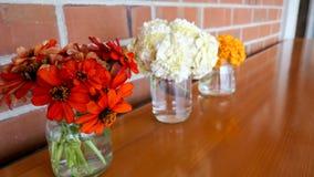 Flor & vela usadas para um funeral Foto de Stock Royalty Free