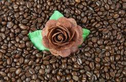 Flor y taza Fotos de archivo libres de regalías