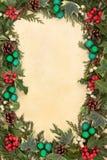 Flora y chucherías de la Navidad Imagen de archivo libre de regalías