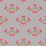 Floral άνευ ραφής σχέδιο με τα ζωηρόχρωμα λουλούδια σε ριγωτό Στοκ Φωτογραφίες