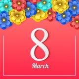 Floral ευχετήρια κάρτα στις 8 Μαρτίου Ευτυχής ημέρα γυναικών ` s Πλαίσιο διακοπών λουλουδιών περικοπών εγγράφου στο κόκκινο υπόβα διανυσματική απεικόνιση