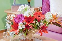 Floral κεντρικό τεμάχιο της Shell Στοκ Φωτογραφία