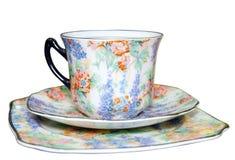 floral πιατάκι πιάτων φλυτζανιών Στοκ Φωτογραφίες