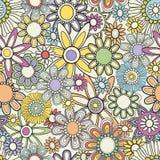 floral πρότυπο άνευ ραφής Θερινό υπόβαθρο στα φωτεινά χρώματα Στοκ Φωτογραφίες