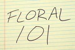 Floral 101 σε ένα κίτρινο νομικό μαξιλάρι Στοκ Φωτογραφίες