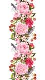 Floral σύνορα με τα λουλούδια, τριαντάφυλλα, φτερά Επαναλαμβανόμενη τρύγος λουρίδα watercolor Στοκ εικόνα με δικαίωμα ελεύθερης χρήσης