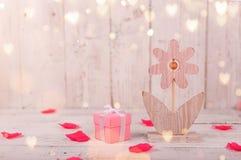 Florece la composición para el ` s de la tarjeta del día de San Valentín, el ` s de la madre o el día del ` s de las mujeres Flor Imagen de archivo libre de regalías