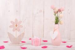 Florece la composición para el ` s de la tarjeta del día de San Valentín, el ` s de la madre o el día del ` s de las mujeres Flor Foto de archivo libre de regalías