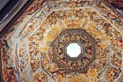 Florença, Itália - 19 de maio de 2014: Imagem que mostra o detalhe intrincado do interior da abóbada de Florence Cathedral Fotografia de Stock Royalty Free
